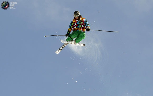 skier-takes-a-jump