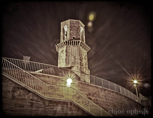 Saint-Laurent-tower-@night